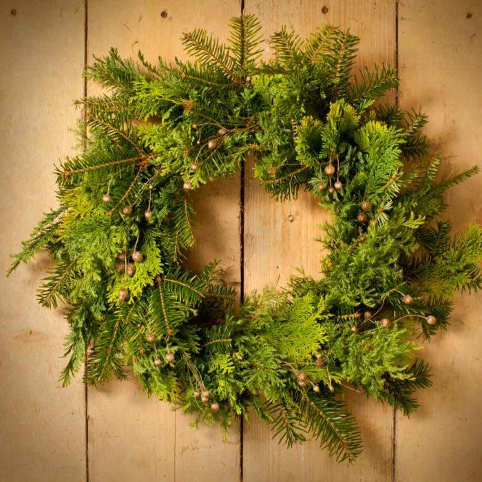 Festive Favourite Toned Foliage Wreath