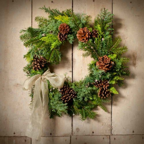 Merry & Berry Decorated 14' Wreath